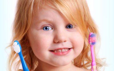 βούρτσισμα δοντών παιδιών